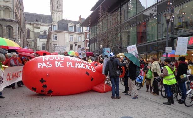Chaine-Angers-28nov2015-C.JPG
